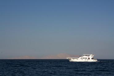 Schiff am Roten Meer