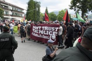 Banner - Police (1)