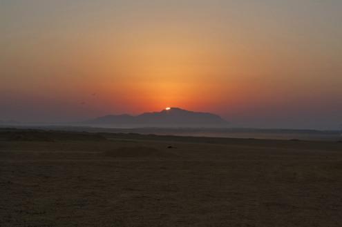 Sonnenaufgang Wüste 1