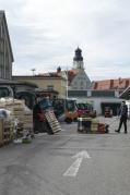 GroßmarkthalleMuc_MitMenschen_draussen_36